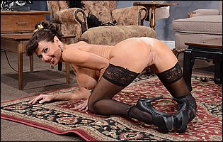 Veronica Avluv in black stockings and high heels loves teasing