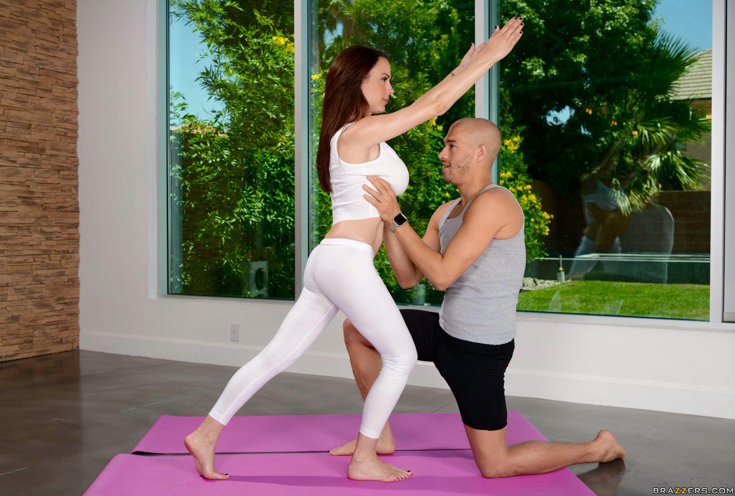 Hot Yoga Sex