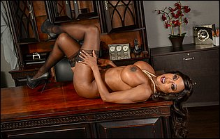 Business woman Diamond Jackson strips and exposes hot body in the office