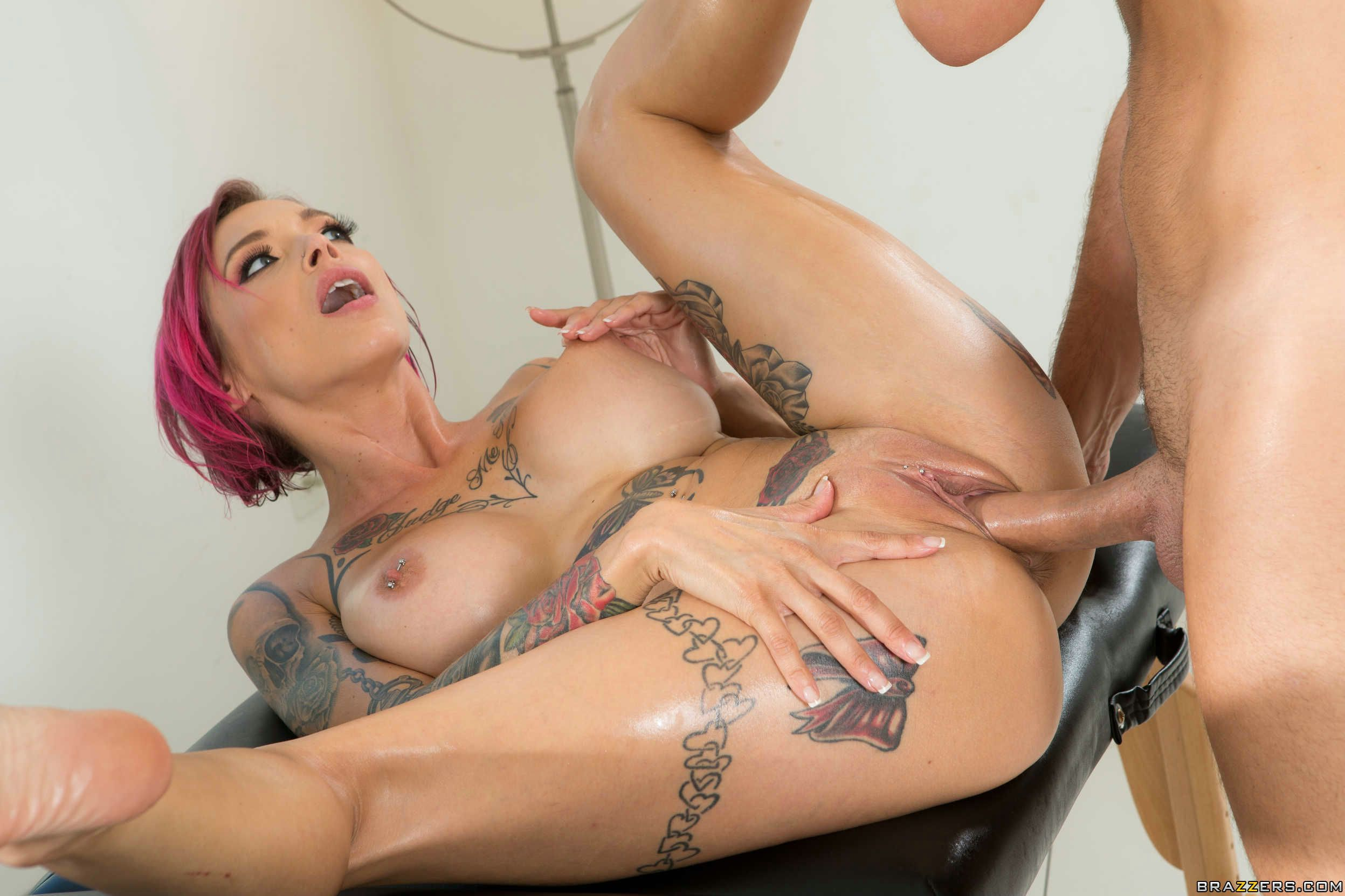 Anna Bell Peaks Is Fucking Her Cook