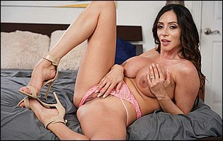 Ariella Ferrera in pink underwear and sexy heels posing on bed and sensually touches herself