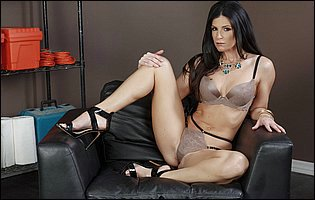 India Summer strips off her sexy outfit and presents hot body in the office